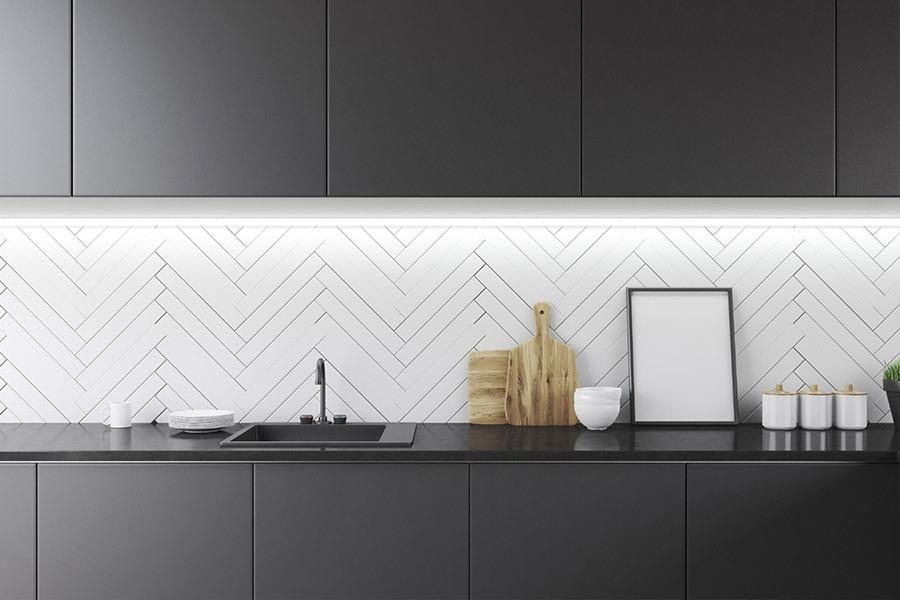 Image of Kitchen with Dark Features | Kitchen U