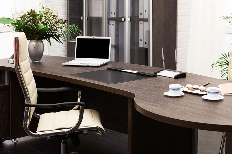 Image of an Office Desk | Kitchen U