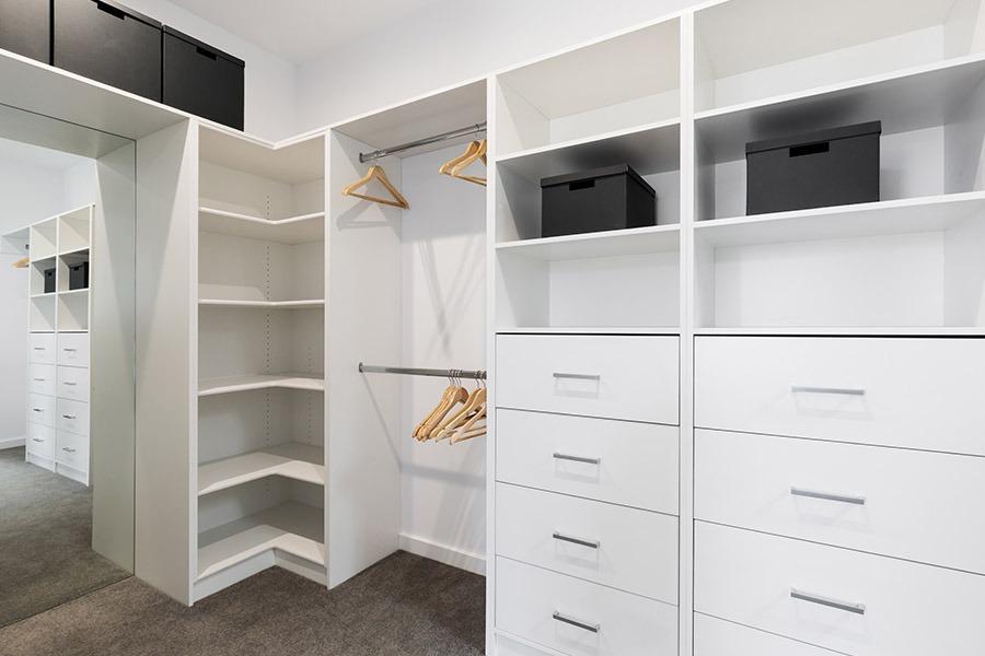 White Wardrobe | Kitchen U